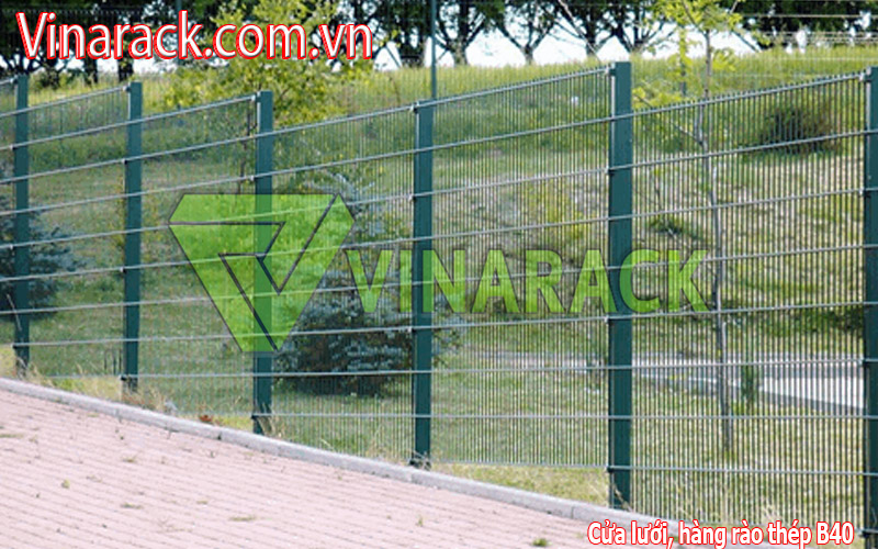 Protective wire mesh